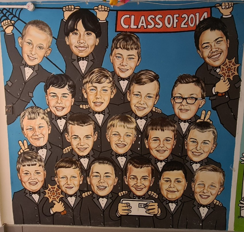 The Class of 2014 recreated the 'Oscar Selfie' to celebrate the school's win at the Junior Spider Awards.